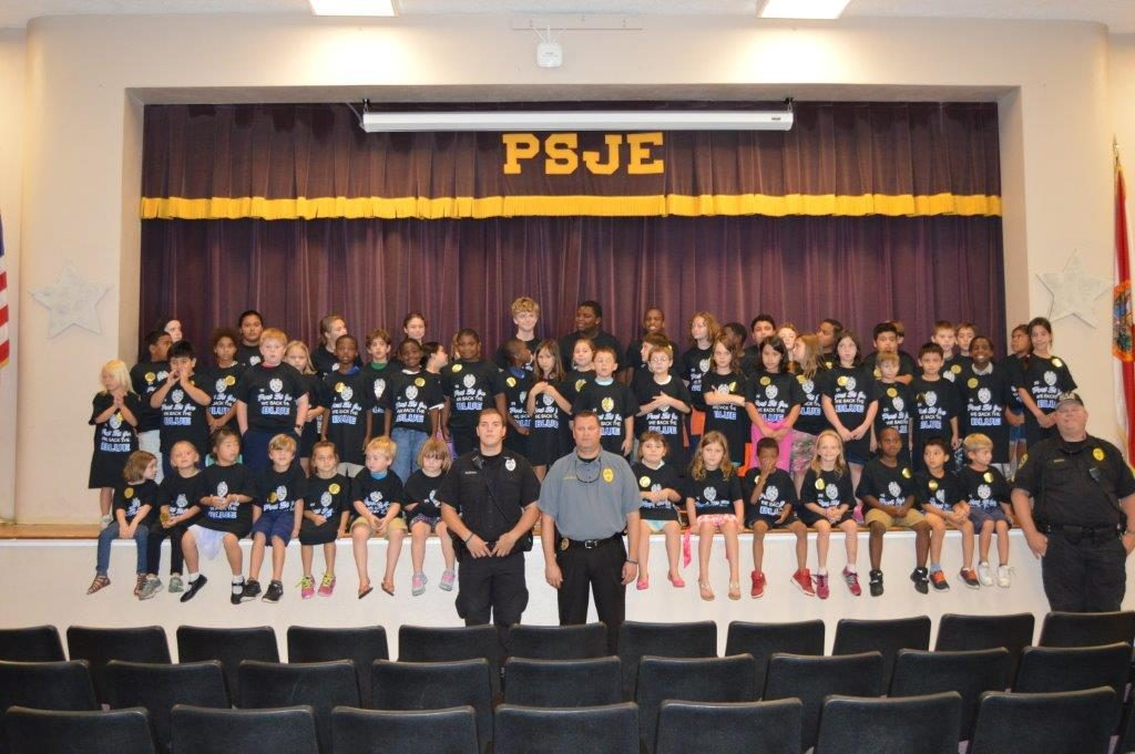 PSJ Law Enforcement students and officers group photo